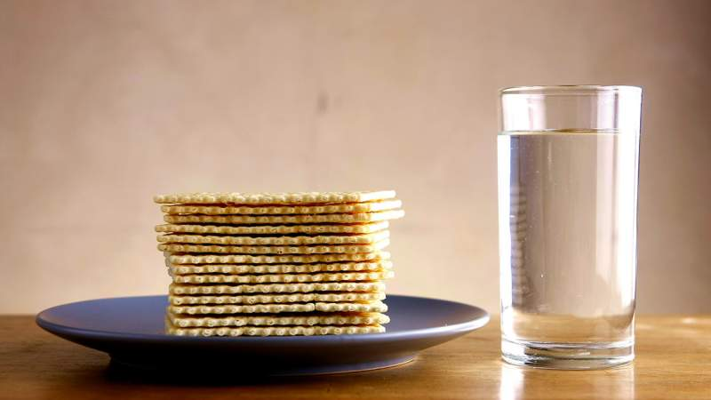 Plain-Crackers