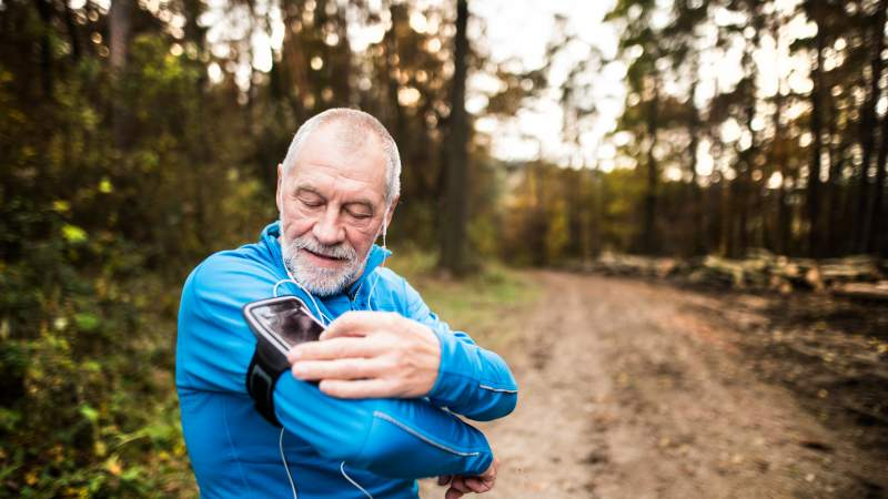 Great Fitness Apps for People Age 60 and Older